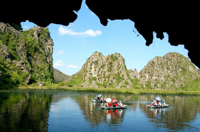 Du lịch Hà Nội - Cố Đô Hoa Lư - Tam Cốc 1 ngày - 10