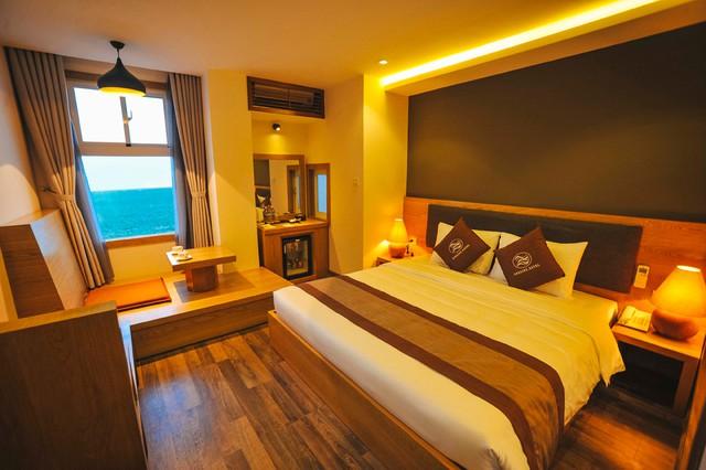 Seasing Boutique Hotel 3,5 sao Nha Trang 2N1Đ - 2 phút tản bộ đến biển - 1