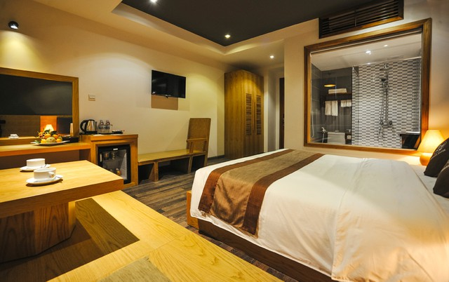 Seasing Boutique Hotel 3,5 sao Nha Trang 2N1Đ - 2 phút tản bộ đến biển - 2