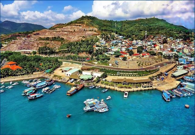 Du ngoạn 4 đảo kết hợp lặn biển Nha Trang - 2