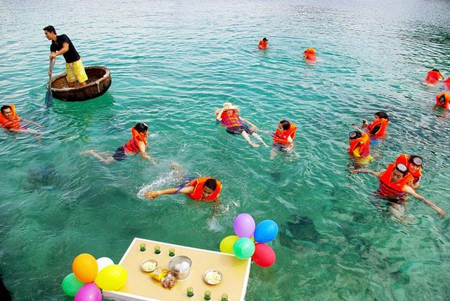 Du ngoạn 4 đảo kết hợp lặn biển Nha Trang - 3