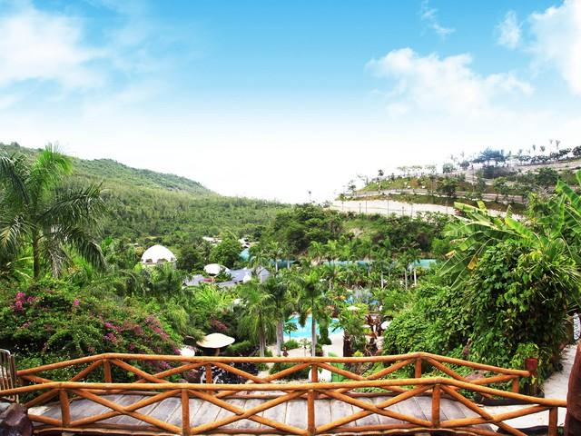 Khu du lịch Trăm Trứng Nha Trang - Trọn gói Tắm Bùn + Ăn trưa cho 2 khách - 1