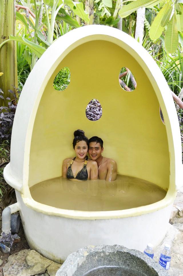 Khu du lịch Trăm Trứng Nha Trang - Trọn gói Tắm Bùn + Ăn trưa cho 2 khách - 2