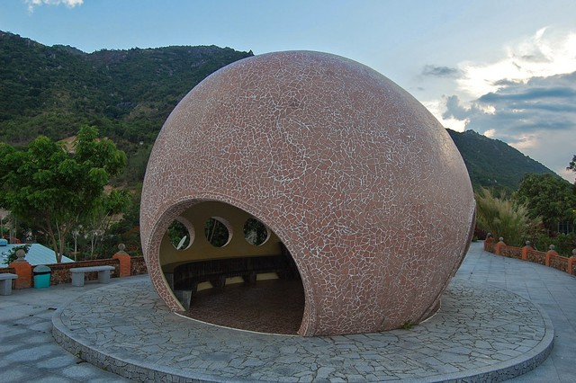 Khu du lịch Trăm Trứng Nha Trang - Trọn gói Tắm Bùn + Ăn trưa cho 2 khách - 7
