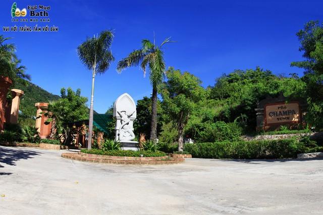 Khu du lịch Trăm Trứng Nha Trang - Trọn gói Tắm Bùn + Ăn trưa cho 2 khách - 8