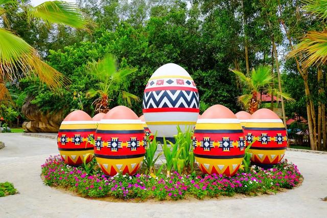 Khu du lịch Trăm Trứng Nha Trang - Trọn gói Tắm Bùn + Ăn trưa cho 2 khách - 4