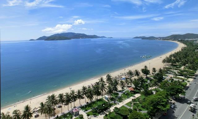 Khách sạn CR Nha Trang 2N1Đ - Trung tâm khu phố Tây - 1
