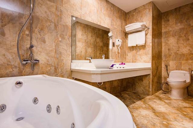 Balcony Hotel 3* Nha Trang - Phòng Superior City View 3N2D (có ban công) - 9