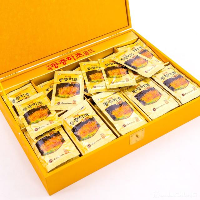 Nước đông trùng hạ thảo 60 túi Hàn Quốc hộp gỗ  - 14