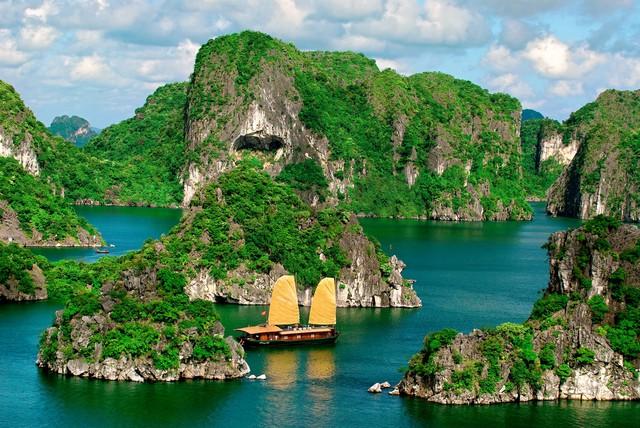 Du ngoạn Hạ Long 2N1Đ - Sun Legend Cruise 4* - 9