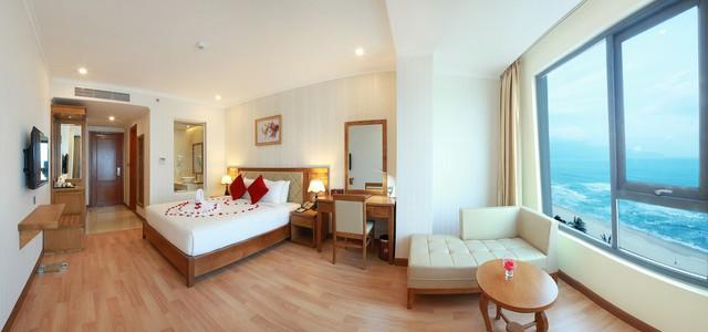 Serene Hotel 4* Đà Nẵng - Ngay bãi biển Mỹ Khê - Phòng Superior Ocean View - 13