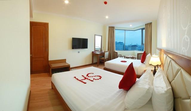 Serene Hotel 4* Đà Nẵng - Ngay bãi biển Mỹ Khê - Phòng Superior Ocean View - 9