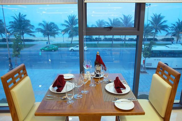 Serene Hotel 4* Đà Nẵng - Ngay bãi biển Mỹ Khê - Phòng Superior Ocean View - 23