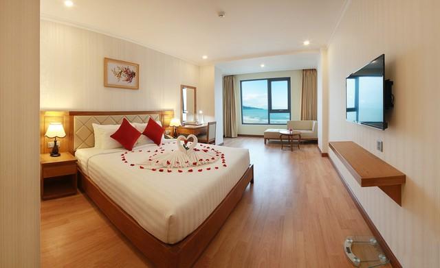 Serene Hotel 4* Đà Nẵng - Ngay bãi biển Mỹ Khê - Phòng Superior Ocean View - 14