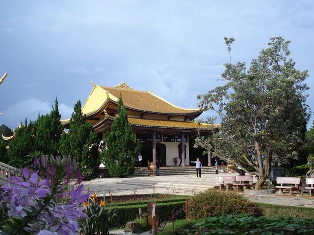 Tour Thác Pongour - Trúc Lâm Viên - Thác Prenn - Thiền viện Trúc Lâm - 10