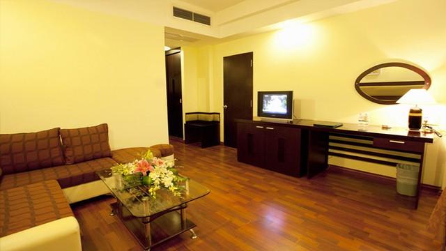 Angella Hotel Nha Trang 3* - Có hồ bơi - 3 phút tản bộ tới biển - 13