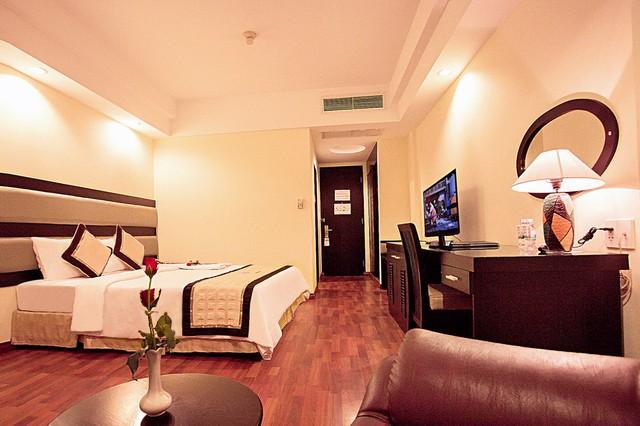 Angella Hotel Nha Trang 3* - Có hồ bơi - 3 phút tản bộ tới biển - 8