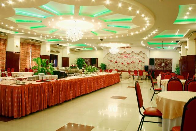 Angella Hotel Nha Trang 3* - Có hồ bơi - 3 phút tản bộ tới biển - 17
