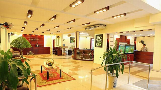 Angella Hotel Nha Trang 3* - Có hồ bơi - 3 phút tản bộ tới biển - 4
