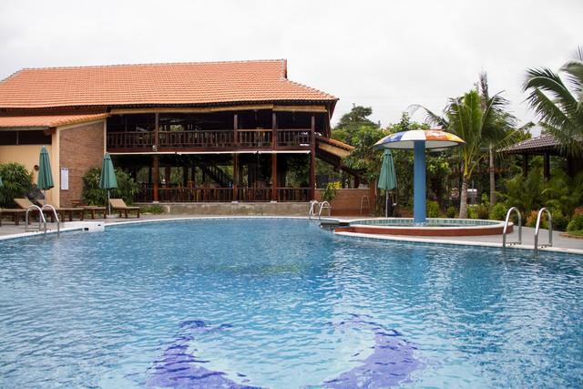 Elwood Resort Phú Quốc 4* - Có bãi biển riêng - 1