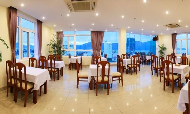Khách sạn Gia Linh 3* Đà Nẵng - 2 phút tản bộ đến biển Mỹ Khê - 4