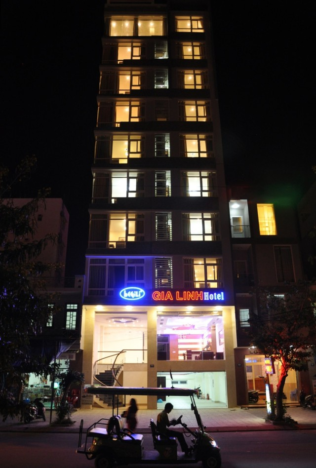 Khách sạn Gia Linh 3* Đà Nẵng - 2 phút tản bộ đến biển Mỹ Khê - 20