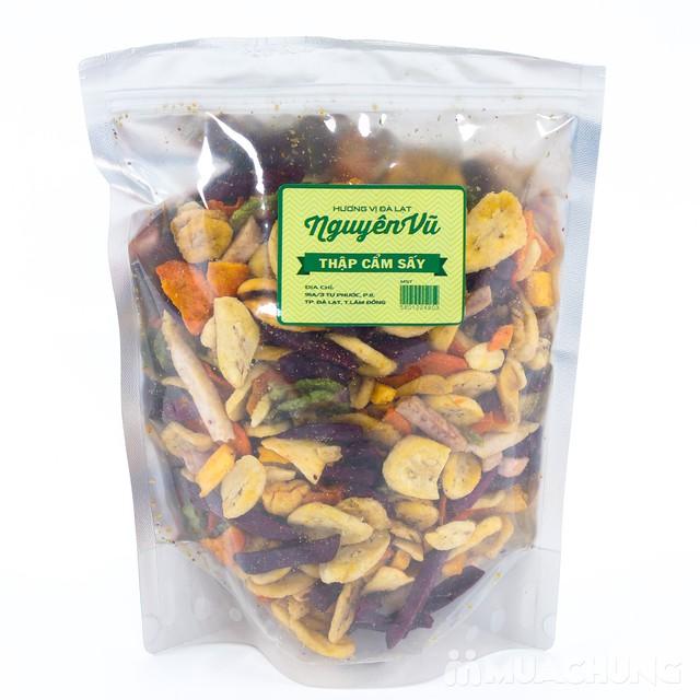 2 gói hoa quả sấy thập cẩm Nguyên Vũ (500gr/gói) - 1