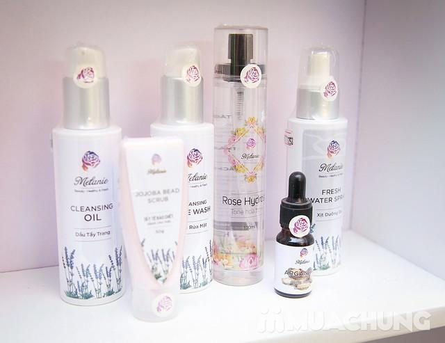 Massage, ấn huyệt toàn thân tinh dầu thiên nhiên Nhung Hair Salon & Spa - 12