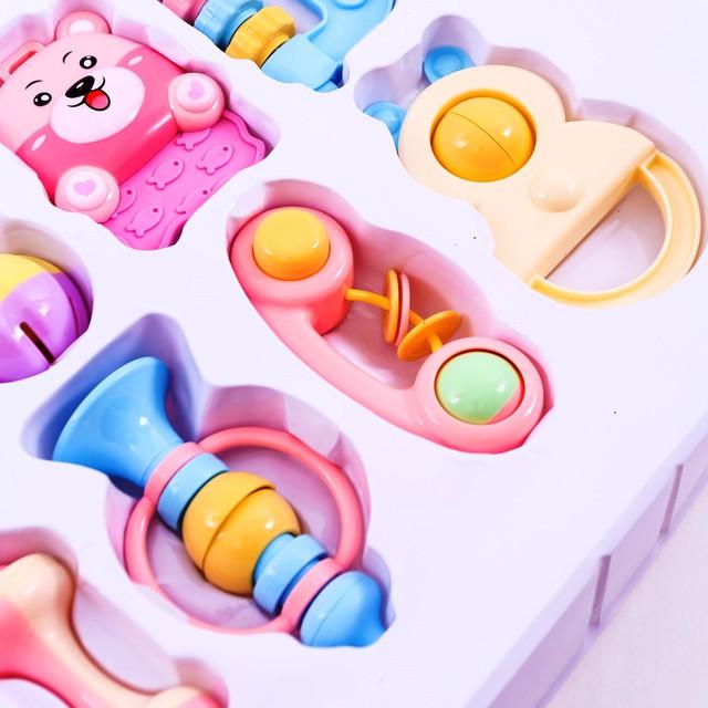 Bộ đồ chơi xúc xắc, lục lạc 10 món cho trẻ sơ sinh - 16