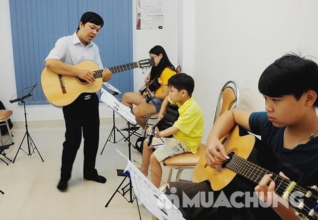 Khóa học Guitar sôi động, thú vị cho bé - 2