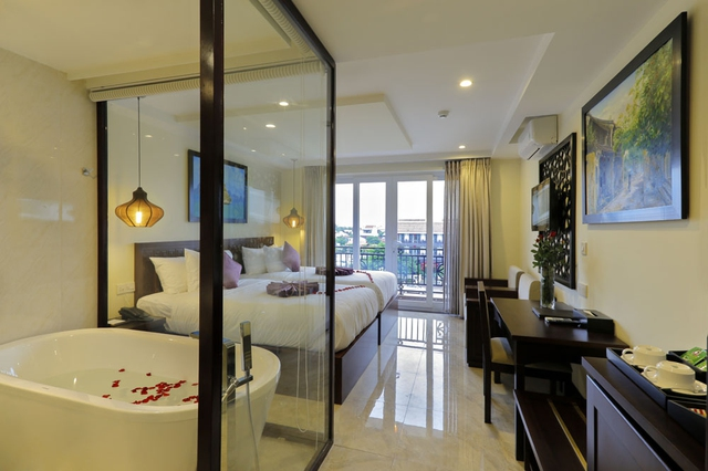 River Suite Hoi An Hotel 4* - Deluxe (City/Pool view) - 8