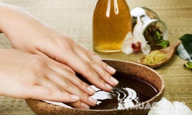 Dịch vụ sơn sửa móng tay chuyên nghiệp - Bee Nail - 7
