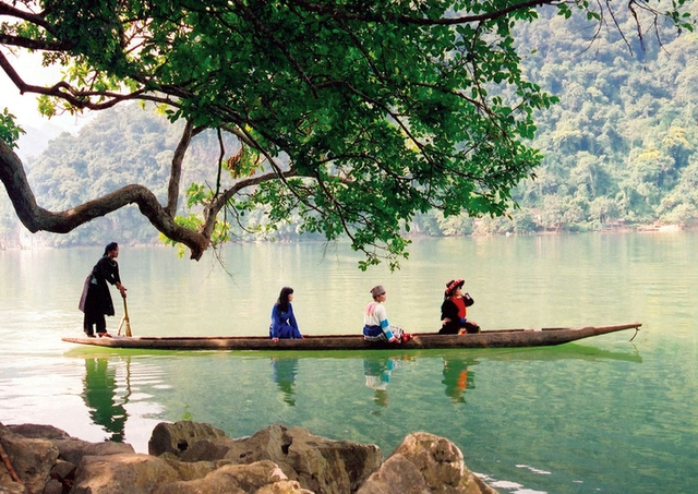 Hồ Ba Bể - Thác Bản Giốc - Pác Pó 3N2D - 8