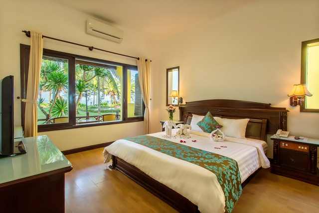 Tropical Beach Hội An Resort 4* - Phòng Superior Garden view - 19