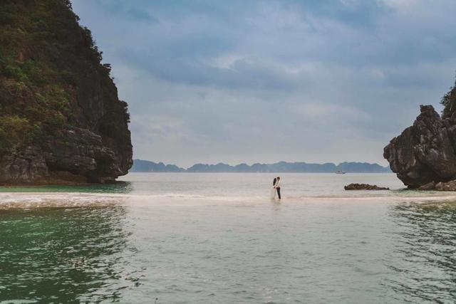 Tour Cát Bà - Vịnh Lan Hạ - Đảo Khỉ - Đảo Trekking - Bè Mạnh Lữ 2 ngày - 1