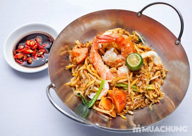 Thế Giới Mỳ Kiểu Mã Lai Đặc Biệt Kèm Đồ Uống Cho 01 Người Tại d'LIONS Restaurant - 2