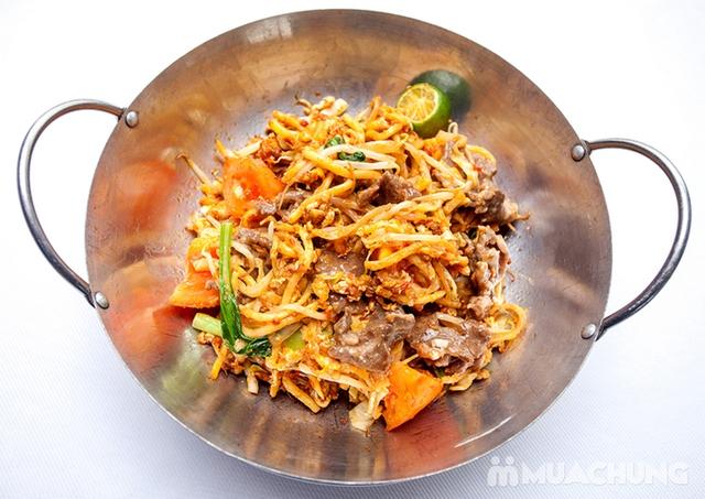 Thế Giới Mỳ Kiểu Mã Lai Đặc Biệt Kèm Đồ Uống Cho 01 Người Tại d'LIONS Restaurant - 5
