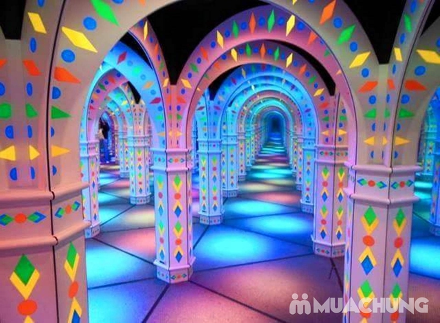 Thế Giới Giải Trí - Vé Khám Phá Mê Cung Mirror Maze - Royal City - 10