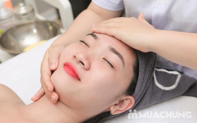Massage Mặt Trị Liệu Với Collagen Và Đá Nóng Tại Genic Medical Spa - 8