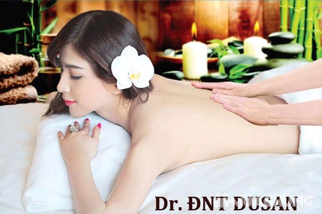 Xông hơi, tắm trắng da cám gạo thuốc bắc tại Dr. ĐNT DUSAN Spa & Clinic - 4