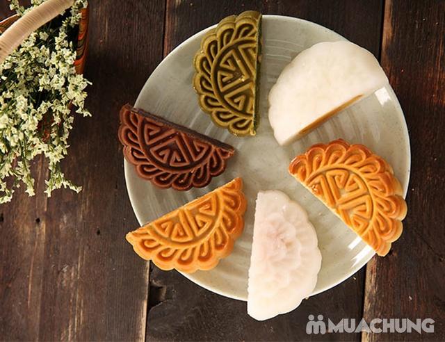 Hộp bánh Trung thu cao cấp Sắc Nguyệt Bảo Ngọc - Tinh hoa hương vị Việt - 4