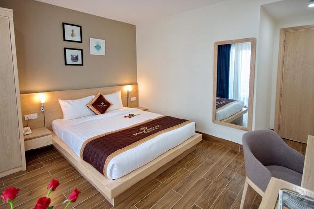 Monica Hotel Nha Trang 4 * - 3 phút tản bộ đến biển + phòng Deluxe seaview - 39