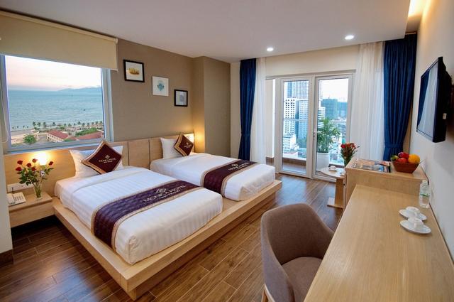 Monica Hotel Nha Trang 4 * - 3 phút tản bộ đến biển + phòng Deluxe seaview - 30
