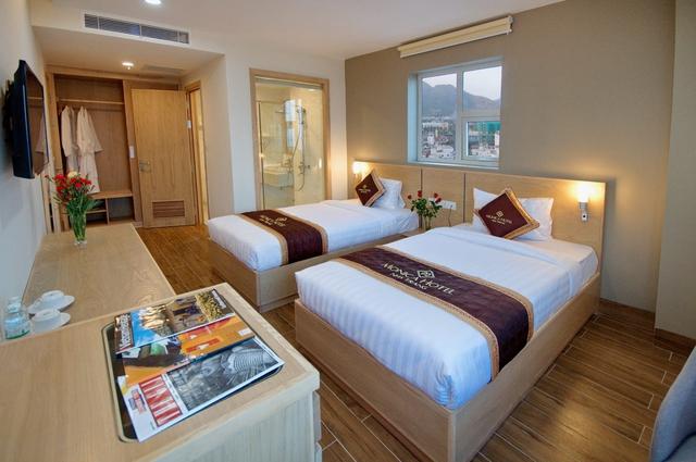Monica Hotel Nha Trang 4 * - 3 phút tản bộ đến biển + phòng Deluxe seaview - 22