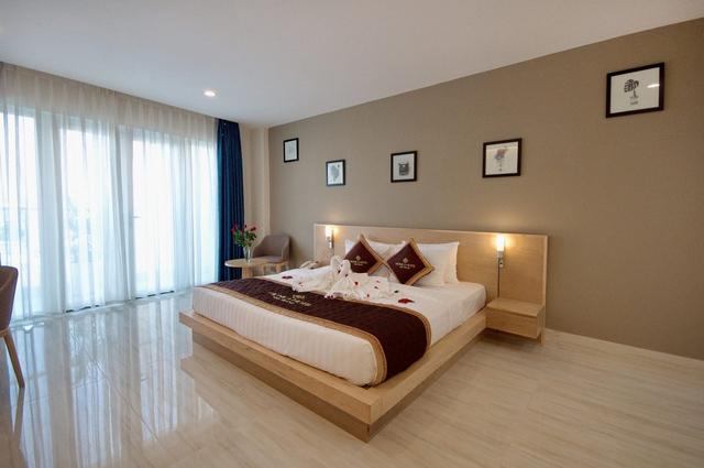 Monica Hotel Nha Trang 4 * - 3 phút tản bộ đến biển + phòng Deluxe seaview - 48