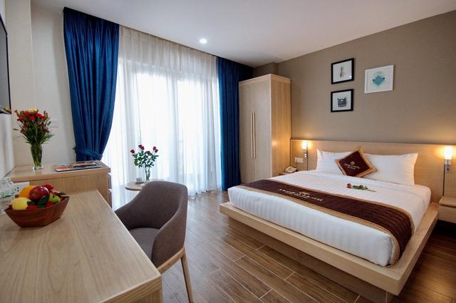 Monica Hotel Nha Trang 4 * - 3 phút tản bộ đến biển + phòng Deluxe seaview - 38