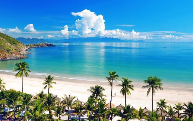 Monica Hotel Nha Trang 4 * - 3 phút tản bộ đến biển + phòng Deluxe seaview - 66