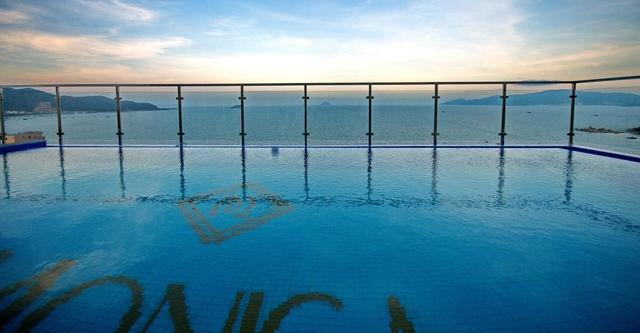 Monica Hotel Nha Trang 4 * - 3 phút tản bộ đến biển + phòng Deluxe seaview - 1