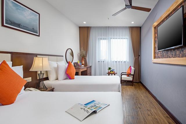 White Sand Boutique Hotel 3,5* Đà Nẵng- 5 phút đi bộ tới biển + có hồ bơi - 12