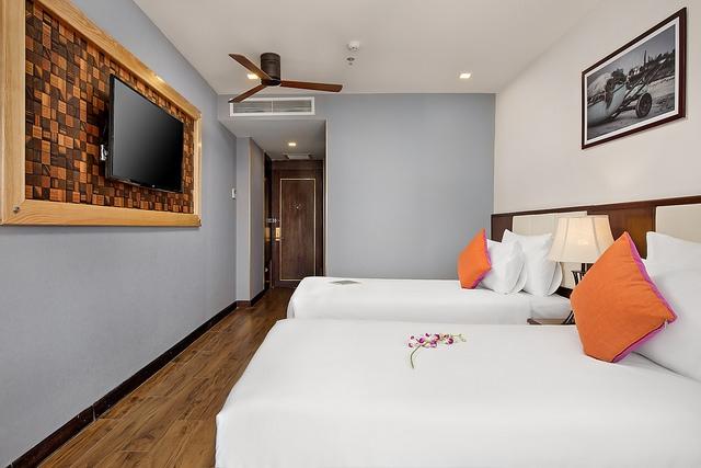 White Sand Boutique Hotel 3,5* Đà Nẵng- 5 phút đi bộ tới biển + có hồ bơi - 10